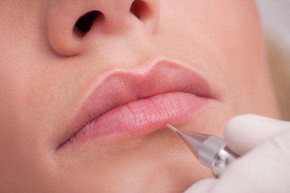 dermaoz dermographie maquillage contour levres dermopigmentation